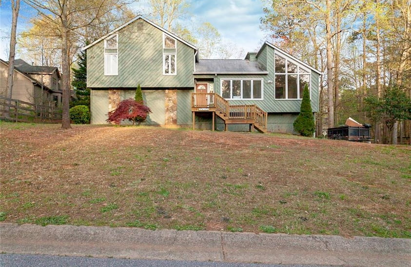 Candlewood Way NE,Marietta, GA  $373,000 築年数35年4Beds3Baths